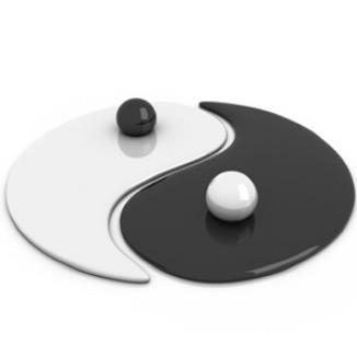 În loc de yin şi yang, are tatuat pe spate un penis de 35 de centimetri