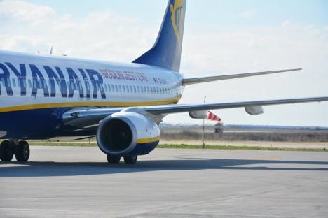 Conectaţi la Spania. Primul avion de Barcelona a aterizat cu succes la Oradea, luând cu el la întoarcere 150 de pasageri (FOTO/VIDEO)
