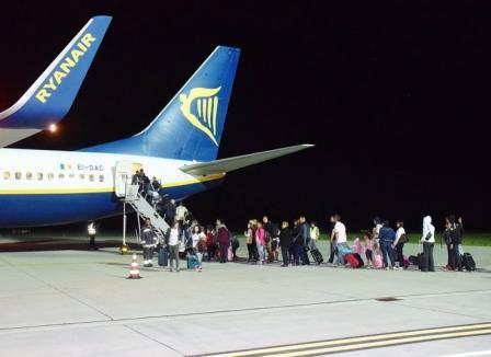 Cu avionul în Germania: Au debutat zborurile de Memmingen de pe Aeroportul Oradea (FOTO/VIDEO)