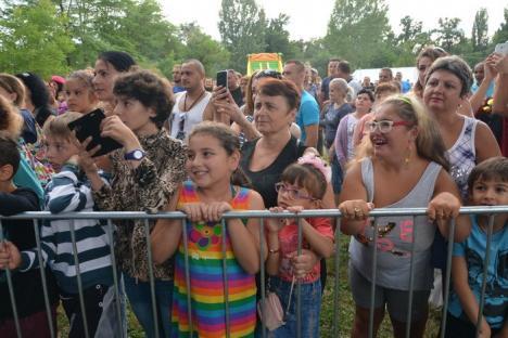 """Zilele Sînmartinului: """"A fost o nebunie"""" cu Alina Eremia, se pregătesc Puiu Codreanu şi Daniela Gyorfi (FOTO / VIDEO)"""