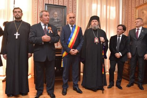 Ziua Oradiei a început cu o şedinţă festivă a Consiliului Local în Casa memorială Aurel Lazăr, unde în urmă cu 100 de ani s-a semnat Declarația de Independență