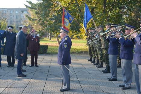 Glorie eternă eroilor! Ziua Armatei, sărbătorită la Oradea cu sfaturi pentru înfiinţarea unei gărzi civile (FOTO/VIDEO)