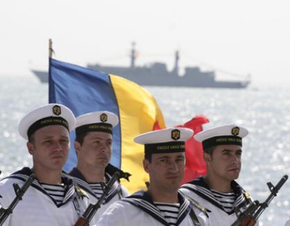 Băsescu, huiduit de Ziua Marinei