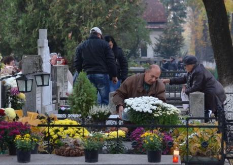 Pregătiri de Ziua Morţilor: OTL suplimentează cursele spre Cimitirul Municipal