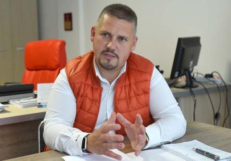 Şeful AJOFM Bihor, Békési Csaba, despre piaţa muncii în timpul pandemiei: 'Cei buni vor avea tot timpul de lucru' (VIDEO)
