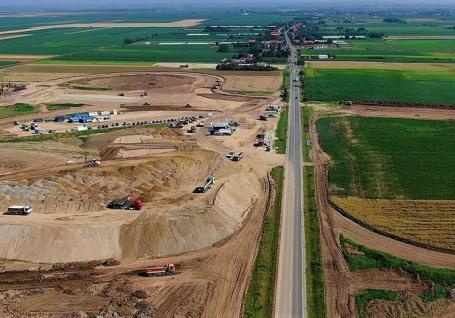 Şantierul autostrăzii Biharia - Chiribiş va fi inaugurat vinerea viitoare de premierul Ludovic Orban