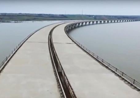 Autostrada în Bihor: Instanţa obligă Compania de Drumuri să reevalueze ofertele Trameco şi Strabag pentru lotul 3C2