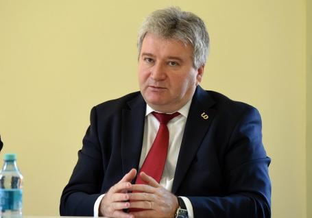 Confirmat din primul tur: 536 de universitari i-au asigurat lui Constantin Bungău al treilea mandat de rector al Universităţii din Oradea