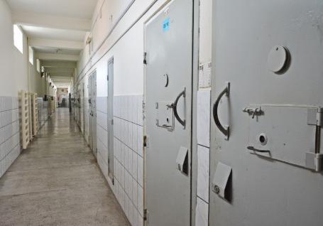 'Nu vom da autorizaţie!': Primăria Sânmartin se opune mutării Penitenciarului Oradea în Cihei