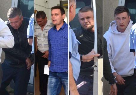 Închisoare cu executare în cazul poliţiştilor din Salonta care 'vânau' şoferii străini pentru şpagă