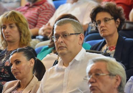 Senatul Universităţii din Oradea are un nou preşedinte: Vasile Aurel Căuş a fost ales din primul tur al alegerilor