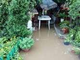 Ars cu apă: Pasajul din zona Ciheiului inundă periodic casa unei familii de orădeni (FOTO)