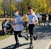 Orădenii au alergat şi donat în Parcul Brătianu, pentru copii şi tineri cu autism(FOTO)