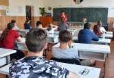 Simularea Evaluării Naţionale în Bihor: peste 64% dintre elevi au luat medii peste cinci