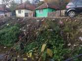 Ne enervează: Gunoaiele o iau la vale, în comuna Finiş (FOTO)