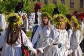 Sânzienele, sărbătorite în Oradea cu o paradă a zânelor, dansuri populare și descântece (FOTO / VIDEO)