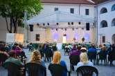'Oradea Art & Sound': Spectacol de teatru, dansuri populare şi concert coral 'Oh happy days', în weekend, în Cetatea Oradea