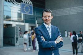 Un român negociază bugetul UE pentru următorii şapte ani.Siegfried Mureşan: 'Debirocratizarea accesării fondurilor europene este obligatorie'