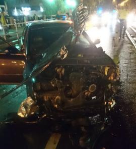 Accident devastator pe bulevardul Magheru din Oradea: Un Audi, făcut praf de un… Smart (FOTO)