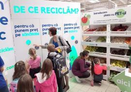 Preţul reciclării: Orădenii primesc recompense pentru reciclare, de la marile hipermarketuri din oraş (FOTO)