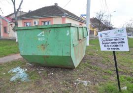 Curăţenia, pe malul drept! Campania de curăţenie generală de primăvară continuă în cartierele Ioşia, Rogerius, Decebal, Oncea şi Episcopia