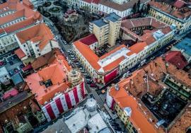 Palate renăscute: Graţie unor credite acordate de municipalitate, proprietarii din palatele Stern, Moskovits Miksa şi Apollo îşi renovează clădirile (FOTO)