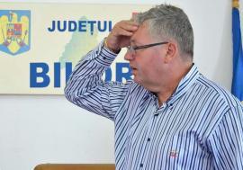 Pásztor la DNA: Șeful CJ Bihor, Pásztor Sándor, în vizorul procurorilor anticorupţie pentru că a dat ilegal bani publici unei fundaţii de casă a UDMR