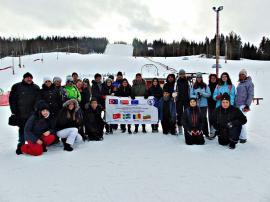 Elevi şi profesori de la Liceul 'Lucian Blaga' din Oradea au practicat sporturi de iarnă la Alfta - Edsbyn în Suedia (FOTO)