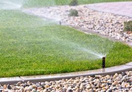 Apă pentru verde! Sistemele de irigare sunt indispensabile pentru buna întreţinere a grădinilor