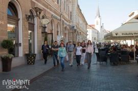 Poftiţi la plimbare! Localnicii şi turiştii care vizitează Oradea, invitaţi la tururi ghidate