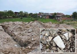Poluare îngropată: În loc să cureţe azbestul din Cartierul Tineretului, Primăria Oradea l-a îngropat!