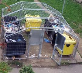 Oraşul porţilor deschise: Închideţi uşile ţarcurilor pentru deşeuri!