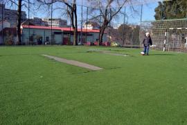 Zgârcenia dăunează: Rămas fără pază, un parc din Oradea este vandalizat (FOTO)