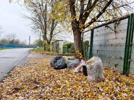 Cartier nou, obiceiuri vechi: Pe Făcliei, gunoaiele sunt abandonate la colţ de stradă