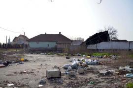 Dezastrul de lângă noi: Depozit de gunoaie, la intersecţia străzilor Griviţei cu Eftimie Murgu