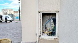 Ne enervează: Palatul Vulturul Negru din Oradea are un aspect tot mai neîngrijit (FOTO)