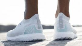 Adidas... reciclat: Încălţămintele vor fi făcute doar din plastic revalorificat