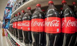 Coca Cola, fără număr. Compania de băuturi produce 300 de milioane de tone de plastic pe an!