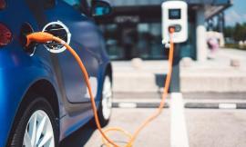 Europenii vor maşini electrice. Câte maşini nepoluante s-au vândut în România