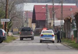 Oraşul pustiu: Locuitorii din Nucet sunt convinşi, în frunte cu primarul, că au fost carantinaţi din greşeală (FOTO / VIDEO)