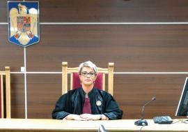 Abuz la secret: Hărţuirea unei judecătoare de la Tribunalul Bihor a iscat scandal la vârful Justiţiei