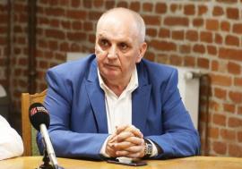 """Dr. Gheorghe Carp, managerul Spitalului Judeţean din Oradea: """"Unii medici sunt plătiţi prea mult"""""""