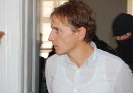 Spaima paznicilor: Medicul orădean Dan Stamatiu a reclamat penitenciarele româneşti în care a fost închis după uciderea amantei