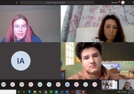 Şcoală... amânată: Forţaţi să facă lecţii de la distanţă, elevii şi dascălii din Bihor simt că bat pasul pe loc