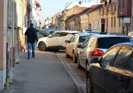 Alo, Primăria! Orădenii au făcut anul trecut 10.500 de reclamaţii şi sesizări cu privire la nereguli din oraş
