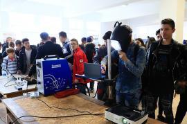 Liceeni... meseriaşi: Şcolile din Bihor, număr record de elevi care vor învăţa o meserie