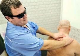 Lecţia de ambiţie: Bihoreni cu dizabilităţi care dovedesc că voinţa ţine loc de picioare, mâini ori de simţul văzului(FOTO)