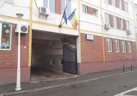 Sex sub preș: Suspiciuni de agresiune sexuală în internatul Liceului Tehnologic Special Nr. 1 Oradea