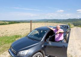 Livada fără pomi: Primarul din Borod şi soţia sa au luat 1 milion de euro pentru livezi înfiinţate... pe hârtie