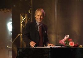 Ballade pour… Oradea: Cel mai de succes pianist al tuturor timpurilor, Richard Clayderman, va concerta la Teatrul Regina Maria
